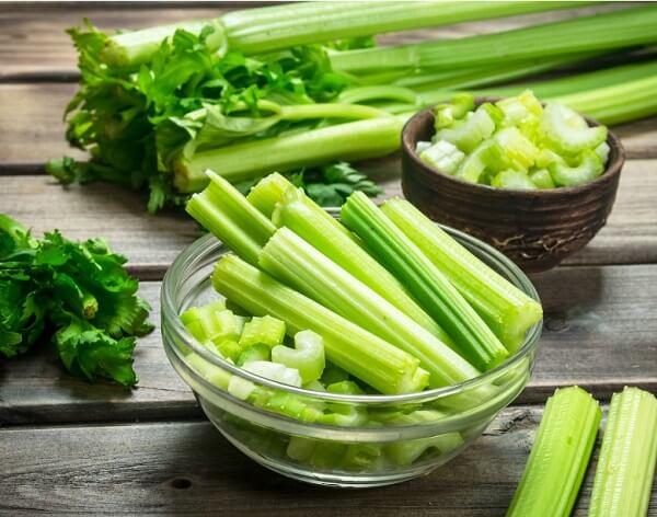 Cần tây vừa thực phẩm vừa là thuốc chữa bệnh