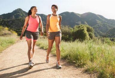 Hé lộ bí ẩn: Viêm khớp gối có đi bộ được không?