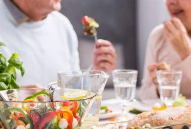 Top 8 thực phẩm tốt nhất dành cho người bệnh viêm đa khớp nên ăn