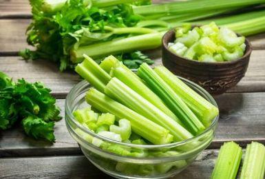 Bạn đã biết hết tác dụng chữa bệnh của rau cần tây