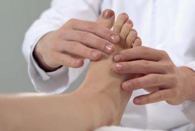 Tê ngón chân cái chớ nên xem thường