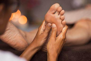 Sơ đồ huyệt bàn chân và phương pháp bấm huyệt chân