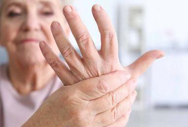 Rối loạn tự miễn dịch gây loãng xương như thế nào?
