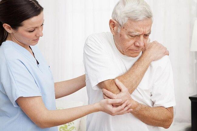 Củ gừng chữa đau nhức xương khớp